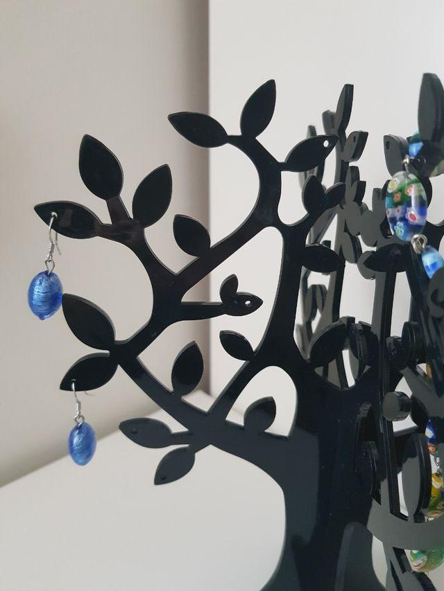 Expositor de joyas y bisutería
