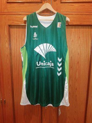camiseta baloncesto, unicaja Málaga, ACB, nueva