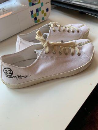 Maison Margiela Canvas Tabi Sneakers