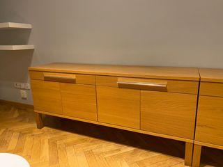 Aparador Bjursta IKEA