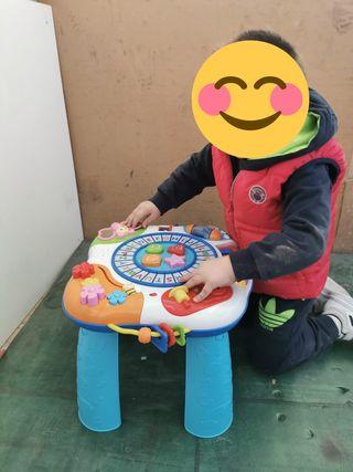 mesa de juegos y andador