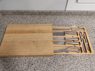 cuchillos profesionales con tabla de cortar