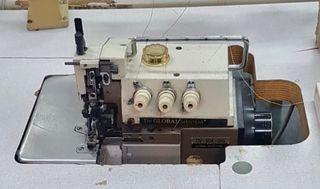 Máquina coser dobladillos