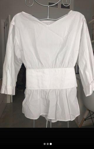 Camisa con corset