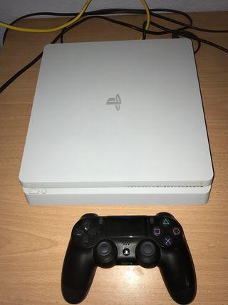PS4 SLIM 500GB + DUALSHOCK + JUEGOS
