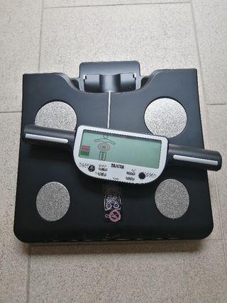 Báscula Tanita BC - 601 medidor de grasa corporal