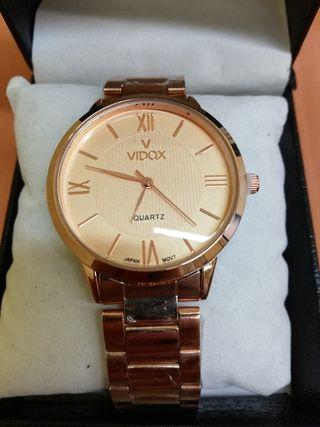 Reloj color oro rosa NUEVO
