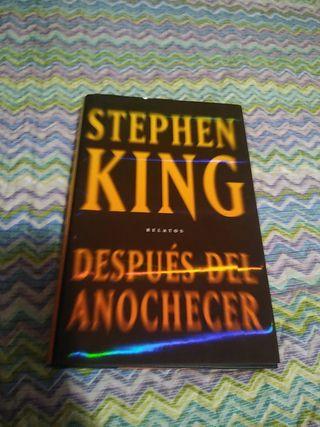 1 edición de 2009 Stephen king Después del anochec