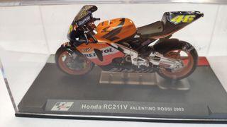 Honda RC211V Valentino Rossi 2003