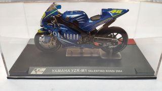 Yamaha YZR-M1 Valentino Rossi 2004