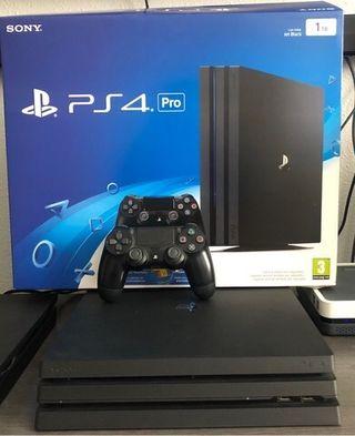 Se vende Playstation Pro con Mando .
