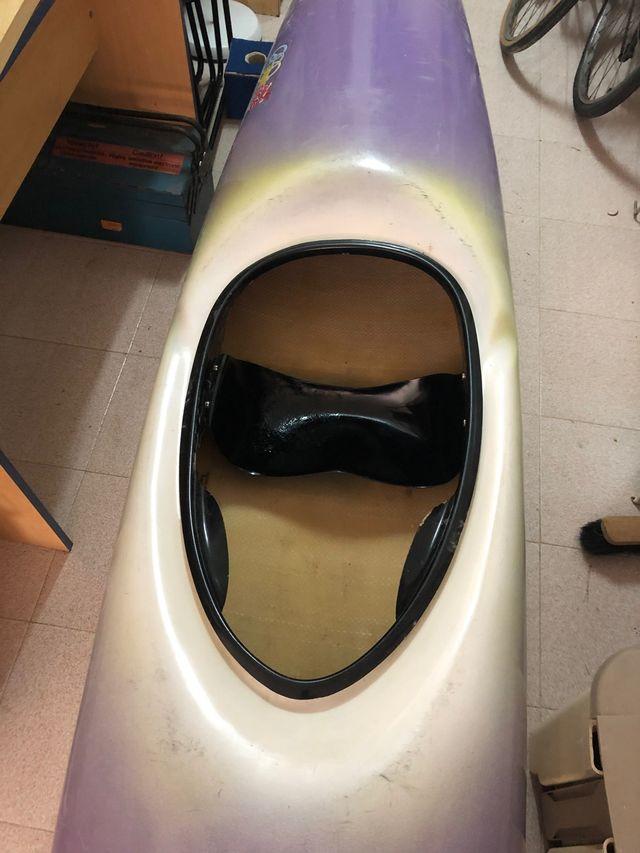 Kayak de fibra