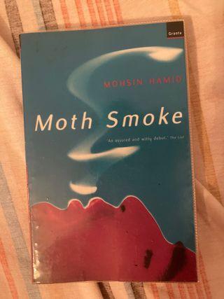 Moth smoke (inglés)