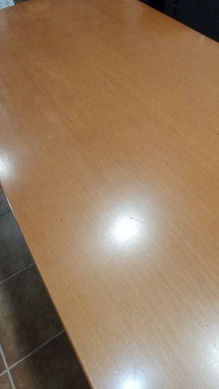Mesa comedor extensible y 4 sillas