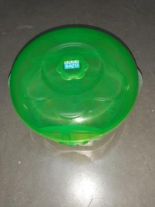 Esterilizador para microondas marca saro.