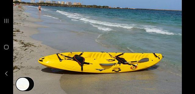 kayak rotomod ocean duo, dos adultos y un niño