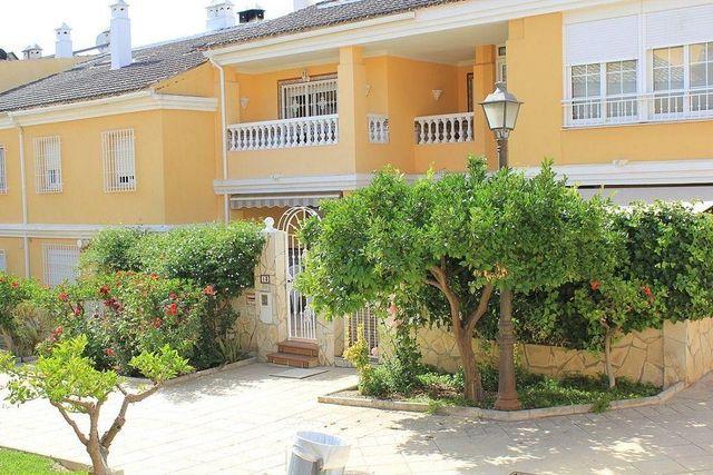Casa en venta en El Tomillar en Vélez-Málaga (Torre del Mar, Málaga)