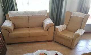 Sofa + 2 sillones beige. NUEVO Cádiz capital
