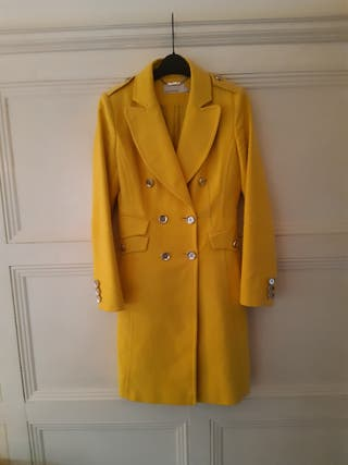 Beautiful yellow coat size 8