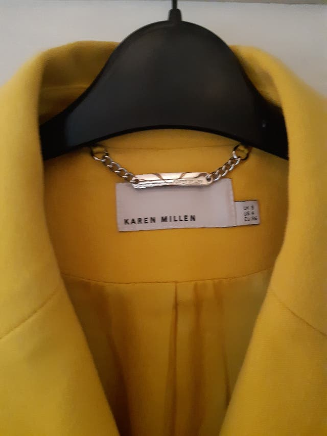 Beautiful yellow coat size 8
