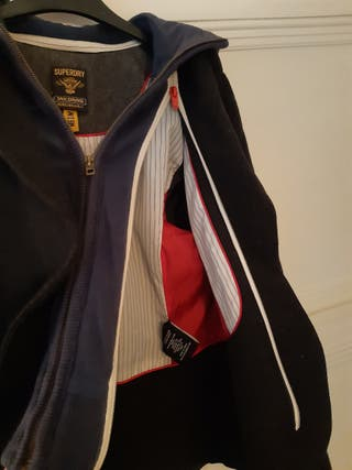 Superdry Jacket with adjustable hood and cuffs.