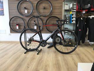 Bicicleta BMC roadmachine01 di2