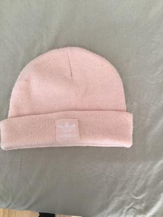 Gorro Adidas rosa mujer