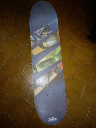 Skateboard Vengadores
