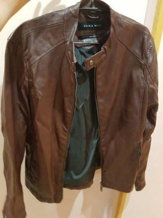 Chaqueta de cuero marrón hombre Zara