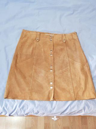 Falda piel marrón talla M Mango