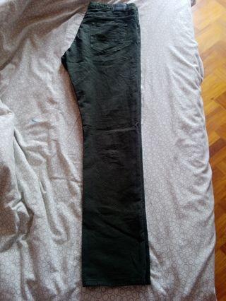 pantalón máximo dutty