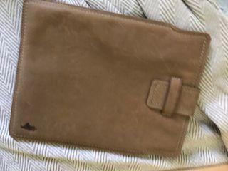 Funda tablet de cuero