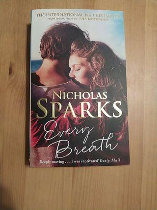 Libro inglés amor every Breath de Nicholas sparks