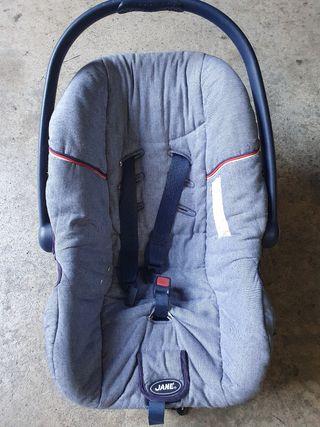 Maxicosi Jané ( porta bebe )