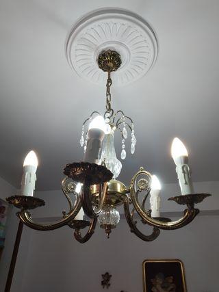 Lámpara con cristales