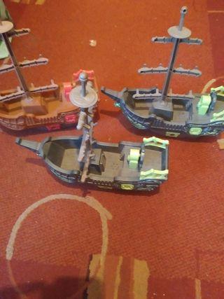 3 barcos piratas con luz y sonido