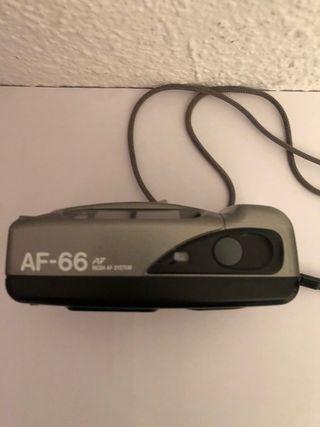 Cámara de fotos Ricoh AF-66