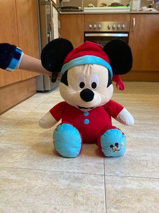 Mickey peluche