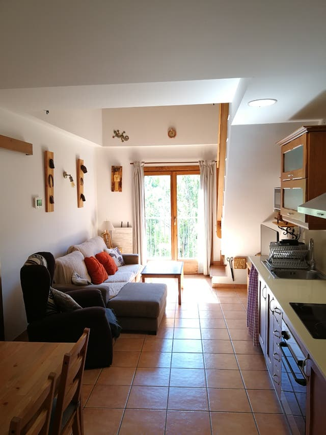 Apartamento alquiler turistico en Burg-Pirineo Lleida ...