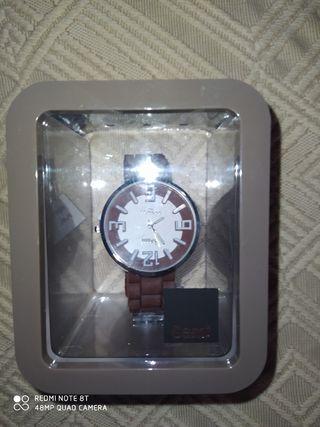 reloj sami nuevo en su caja