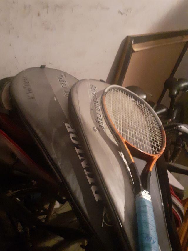 3 racquet de tenis con su bolso
