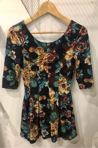 Vestido de punto flores Trucco