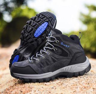 zapatos de montaña escalada