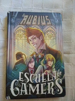 Libro:El Rubius escuela de gamers