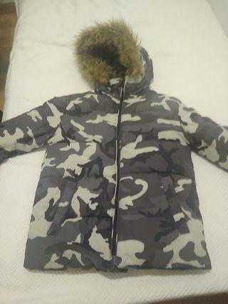 chaqueta zara nórdica militar o camuflaje