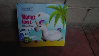 Flotador hinchable de piscina de Unicornio.