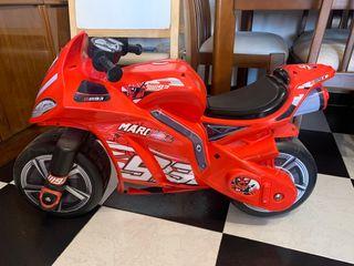 Moto replica Marc Márquez