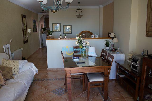 HI0869 / Casa de 3 plantas + garaje + local Caleta (Caleta de Vélez, Málaga)