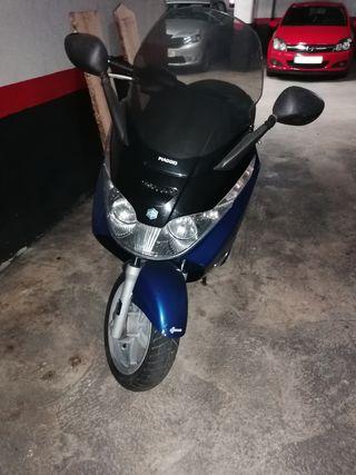 moto piagio x8 en perfecto estado de motor