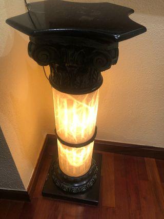 Columna con luz